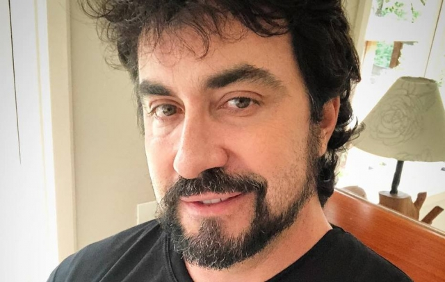 Padre Fábio de Melo responde internauta à altura
