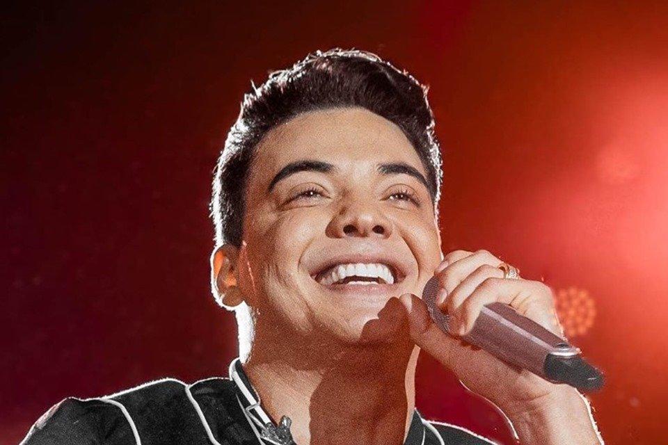 Maquiadora e braço direito de Wesley Safadão teria sido demitida pela esposa do cantor