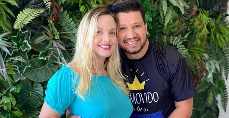 Sertanejo Cleber, da dupla com Cauan, anuncia que será pai de gêmeos