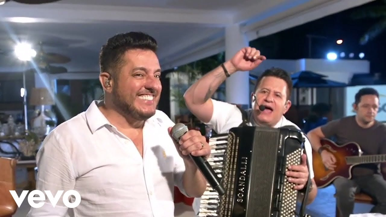 Bruno e Marrone marcam o 1º show com live do ano