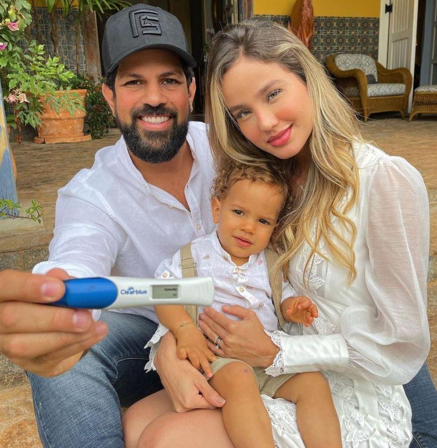 Sorocaba vai ser papai de novo! Biah Rodrigues anuncia 2ª gravidez: 'Radiantes'