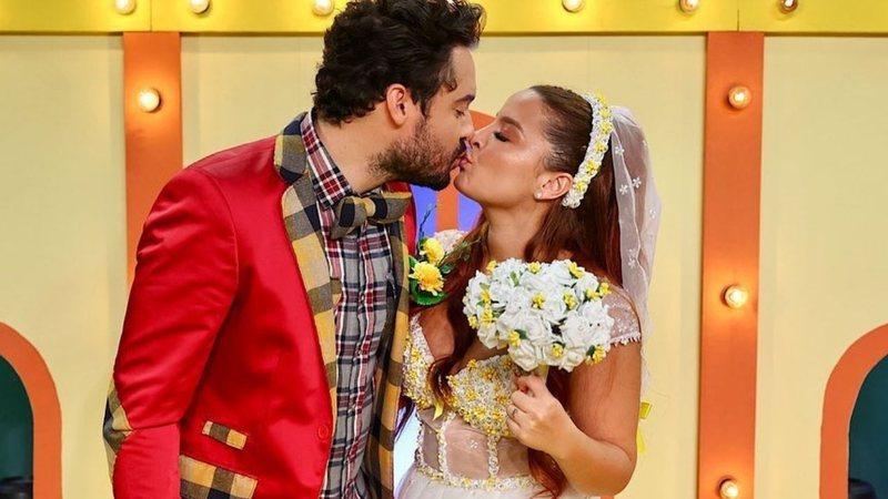 Disseram sim! Maiara e Fernando se casam em live e web vibra: 'Linda de noiva