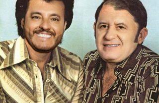 Bruno e Marrone divertem fãs com montagem em capa de disco